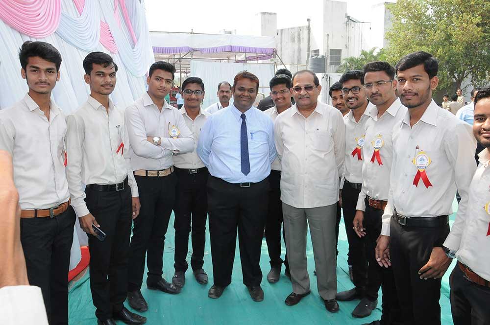 Ahmednagar Alumni1